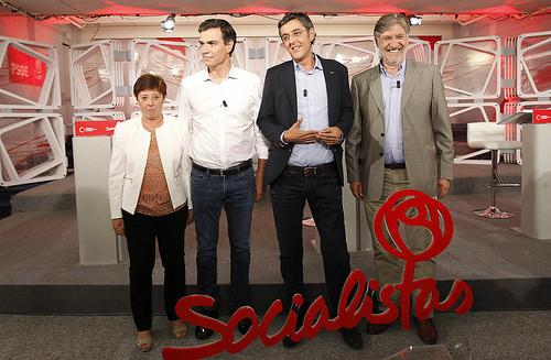 ¿Cuánto mide Pedro Sánchez? - Altura - Real height - Página 3 Madina-S%C3%A1nchez-y-P%C3%A9rez-Tapias-en-el-debate