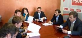 Fernández Vara estudiará las propuestas del proyecto Construyendo Empleo para incluirlas en la Agenda del Cambio