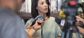 Esther Gutiérrez muestra un desacuerdo total con la LOMCE y defiende su paralización