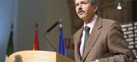 Navarro presentó la Estrategia de Desarrollo de la Economía Social de Extremadura firmada con los agentes económicos y sociales