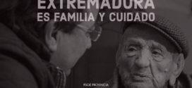 Guillermo Fernández Vara resalta el valor los cuidados de las familias a los mayores