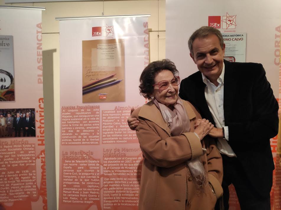 Presidente Zapatero: «Cada vez que este país levanta una fosa común, se hace más decente»