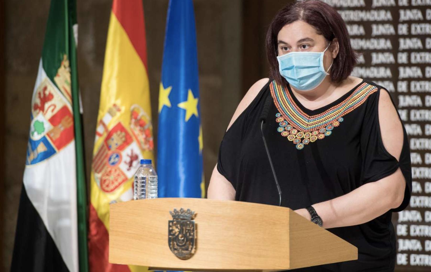 La Junta de Extremadura defiende el futuro del sector tabaquero contra la despoblación