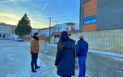 La mala gestión del Ayuntamiento de Coria provoca un nuevo retraso en la finalización del Centro de Día