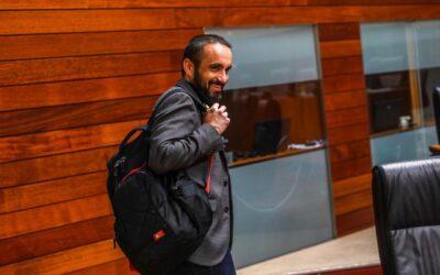 Eduardo Béjar: «La política como solución»