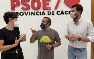 Miguel Á. Morales registra su precandidatura a la secretaría general del PSOE Provincia de Cáceres